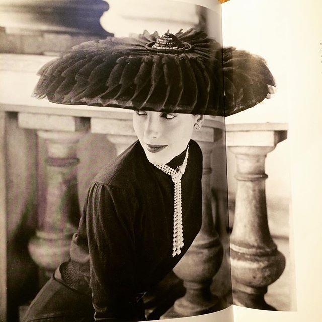 写真集「A Very British Glamour/Norman Parkinson」 - 画像2