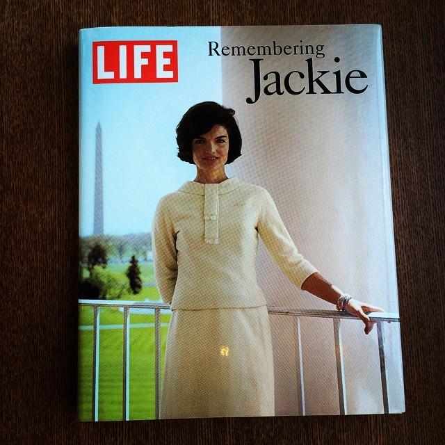 写真集「LIFE Remembering Jackie」 - 画像1