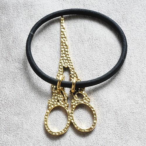 JGavec30 scissors gom B