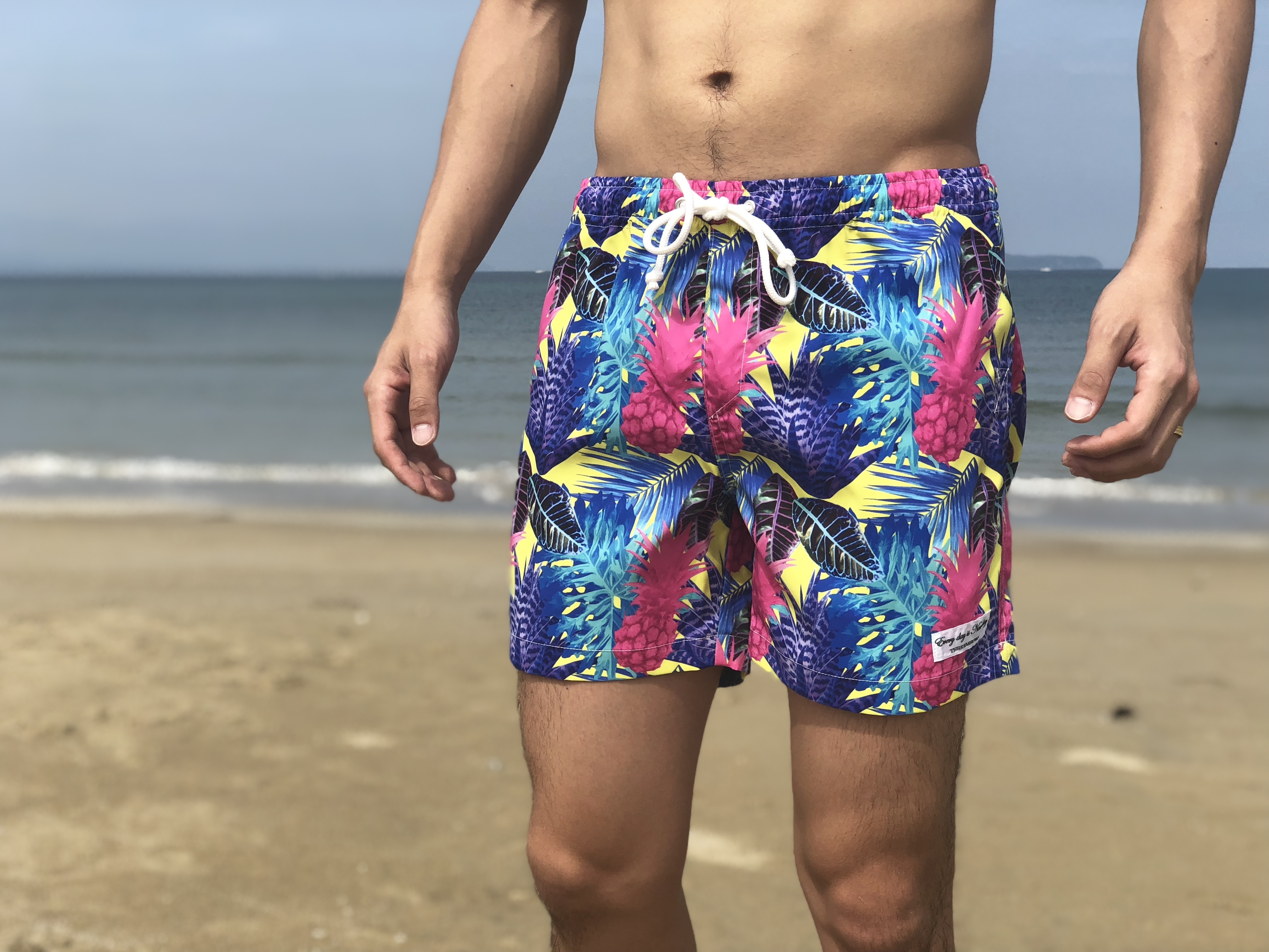 【SUMMER SALE】ThreeArrows Print Board Shorts(botanical yellow)