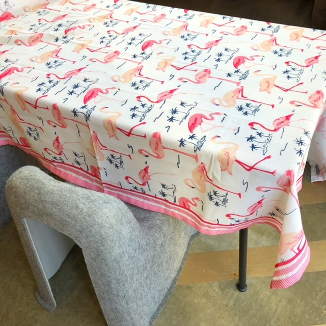 Flamingo! 140×180cmテーブルクロス (フラミンゴ)