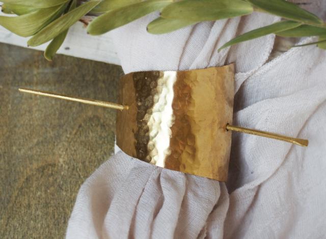 真鍮の槌目四角バレッタ(マジェステ)