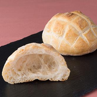 【パーネ・エ・オリオ】とろけるブリオッシュクリームパンと人気の新麦パン詰め合わせ