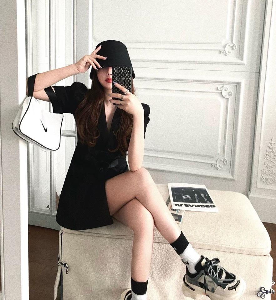 w belt dress