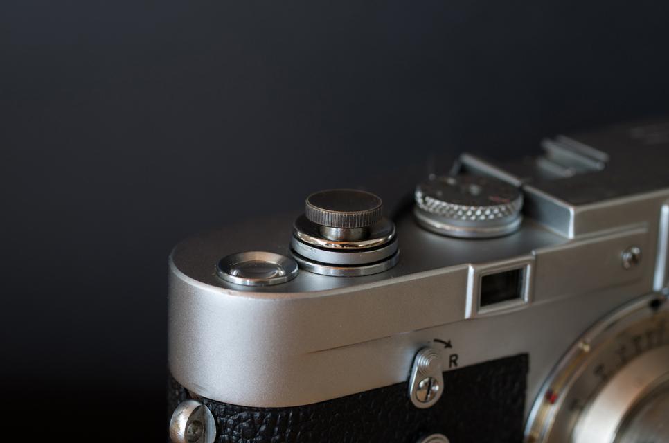 真鍮のレリーズボタン S ブラック