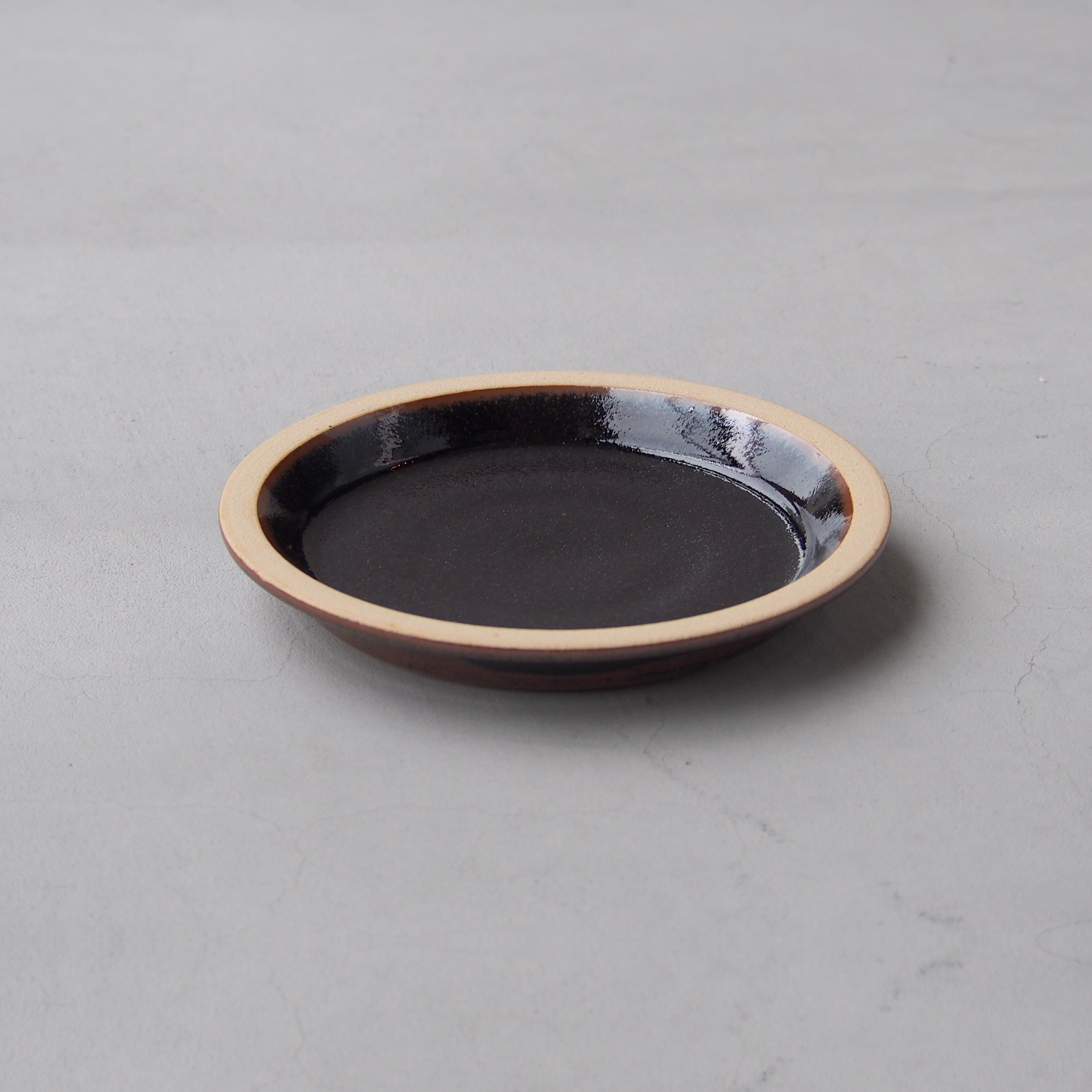 出西窯 モーニングプレート6寸 黒