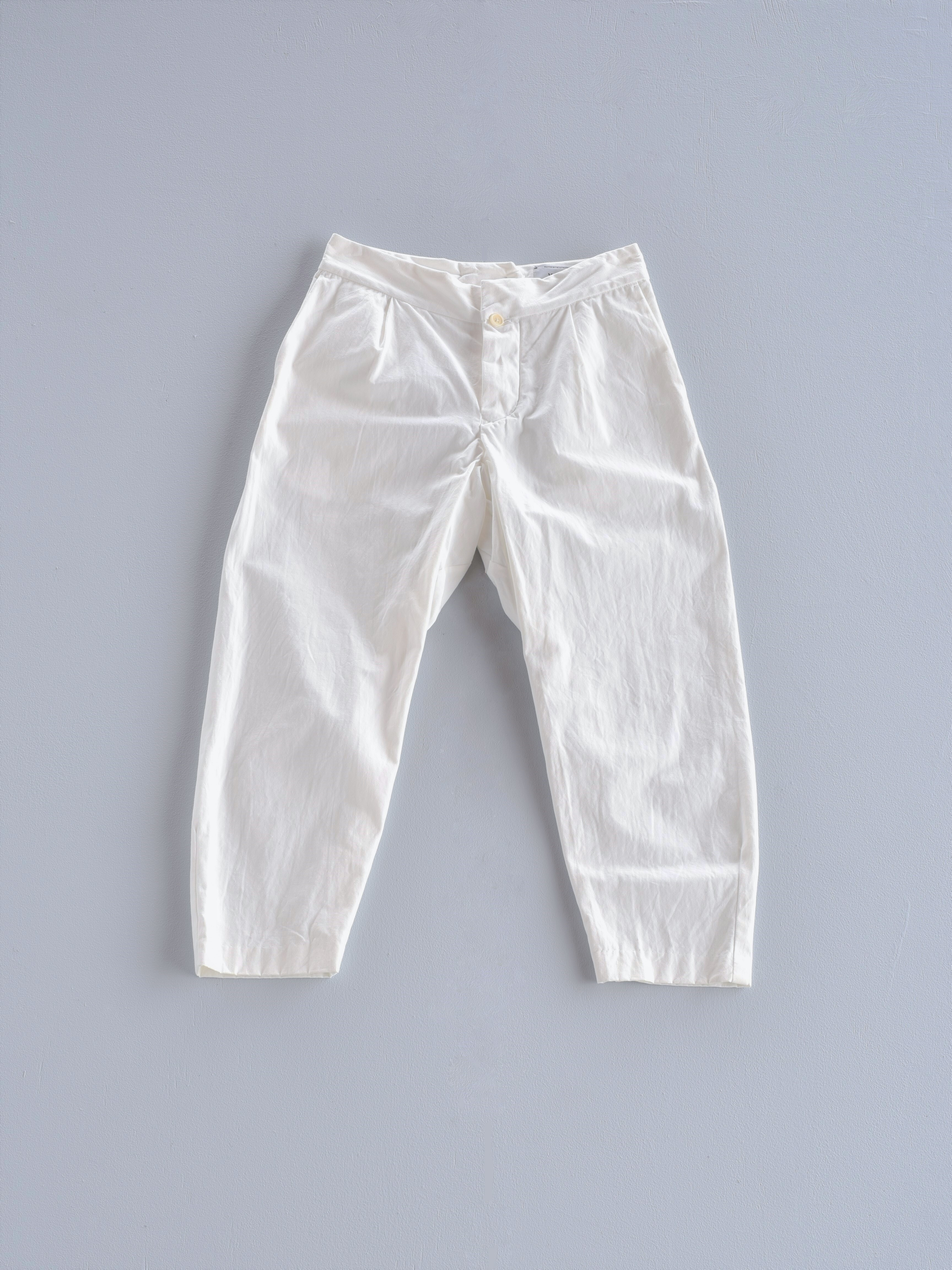 YAECA テーパードパンツ white