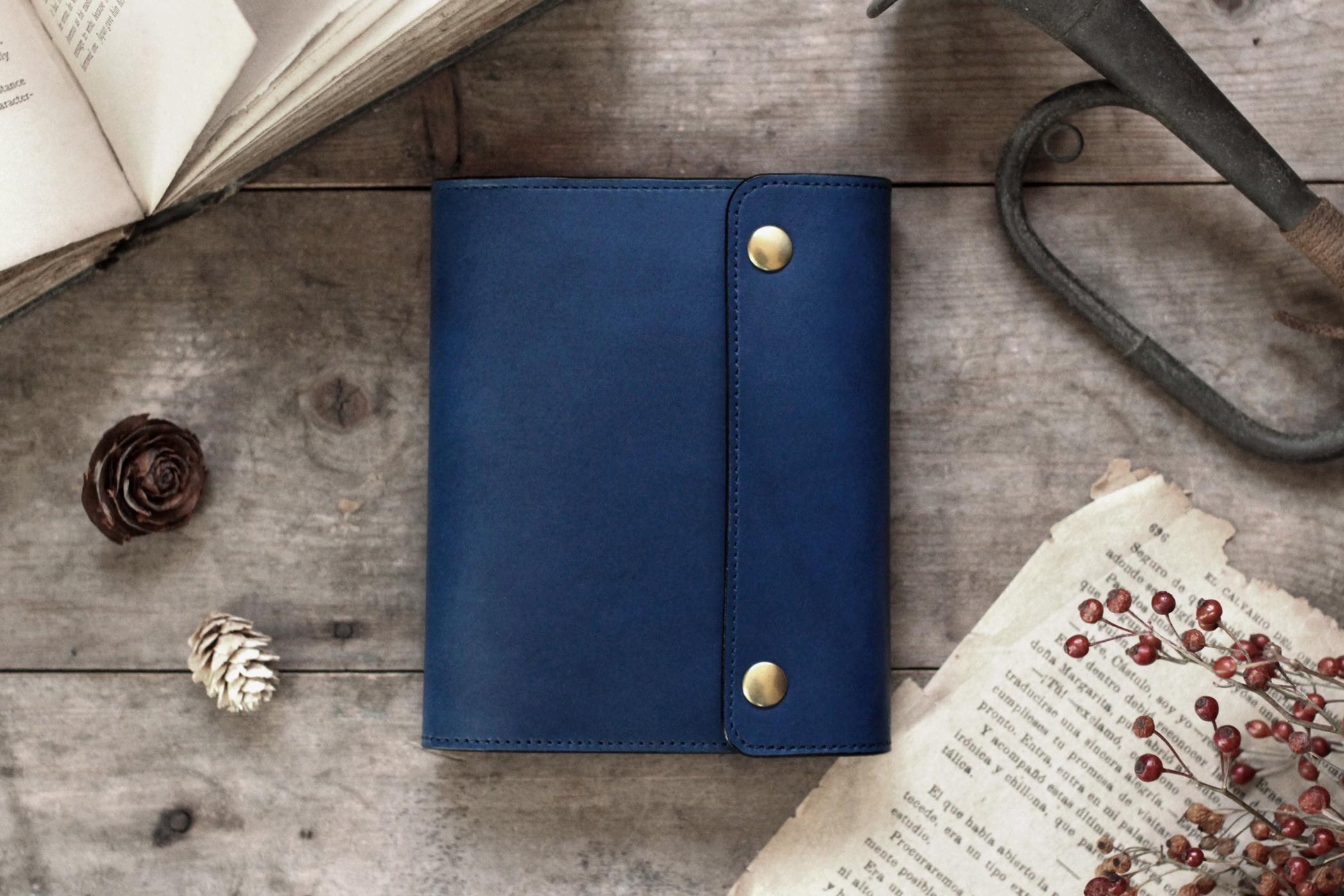 藍染革[migaki]  A6サイズノート手帳