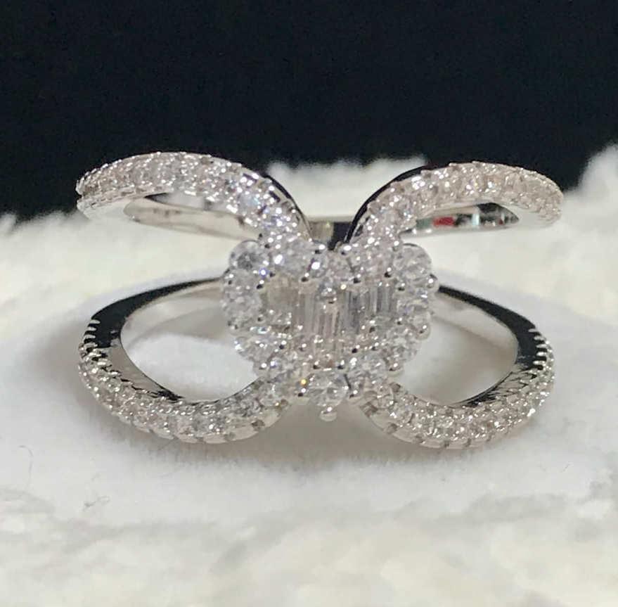 A017 Heart Cross Gorgeous Ring