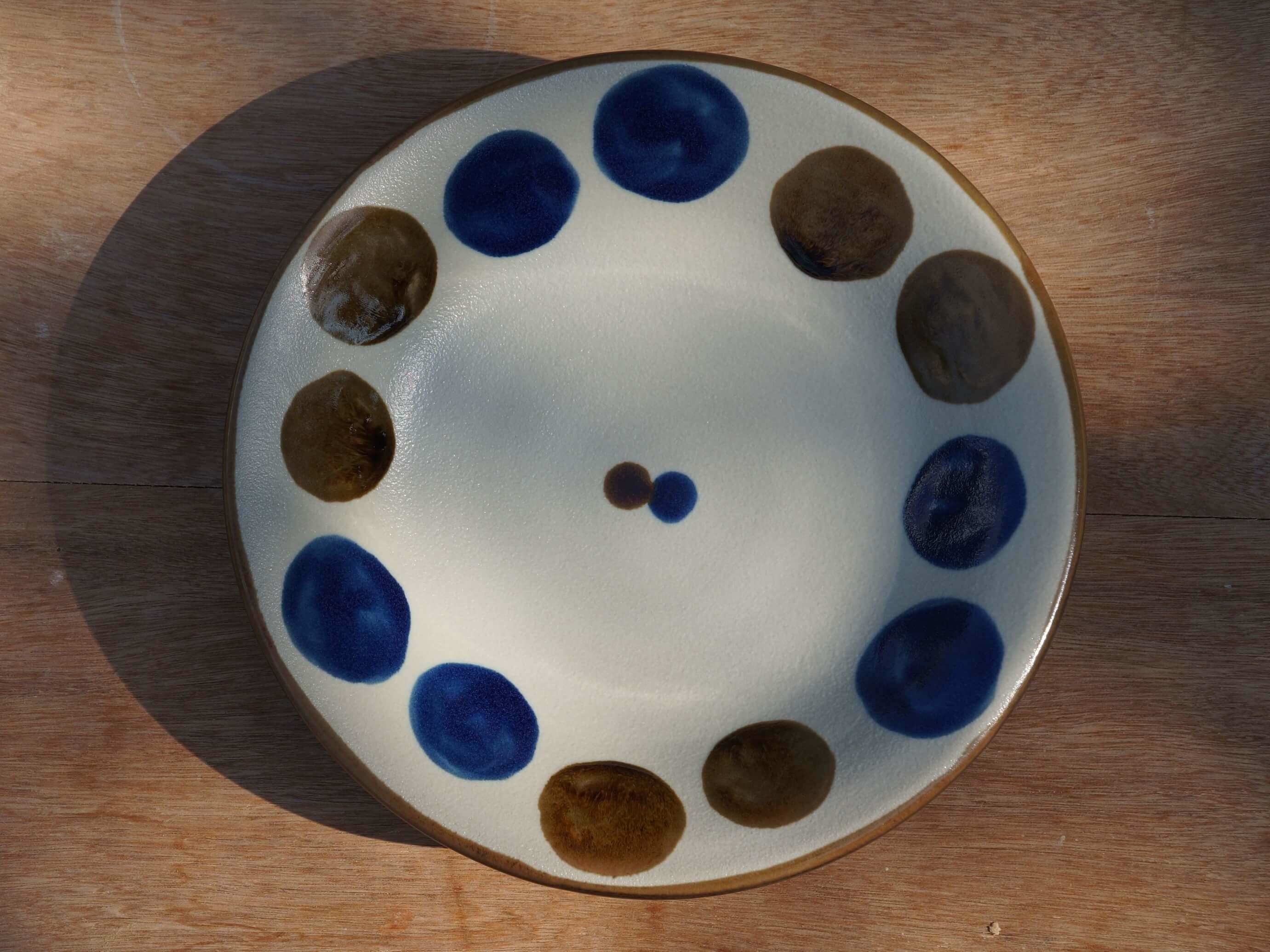 コバルトが鮮やかな6寸皿(約18cm) ヤチムン大城工房 大城雅史 やちむん
