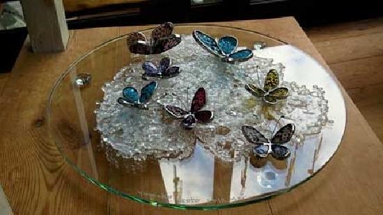 いつか蝶の舞い飛ぶ日(ガラスのアート作品) 03020001