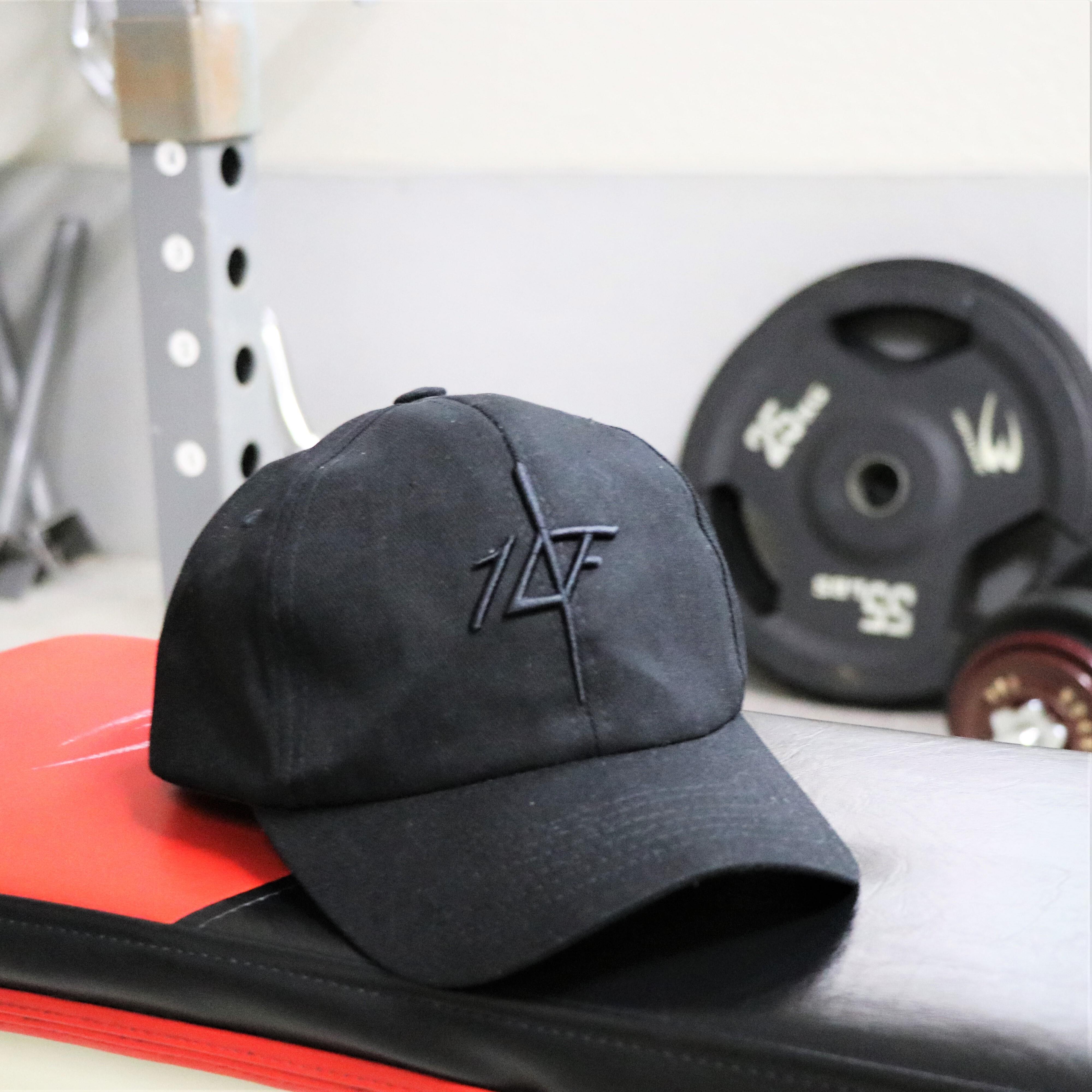 【10FIT】トレーニング キャップ3D刺繍 ブラック