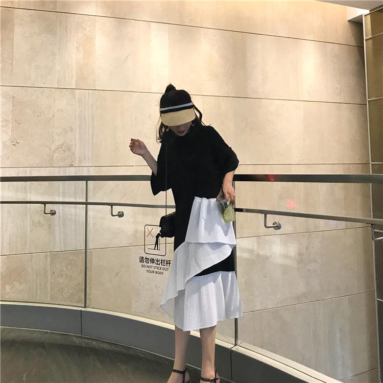 9000a37b32643 2018夏のスーパーファイヤー不規則なステッチスプリットルーズドレス女性の夏のドレス長い半袖Tシャツスカート韓国スタイル チックなモノトーンワンピース。  袖と肩幅 ...