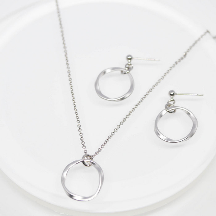 Twist Round Ring Necklace&Pierce set