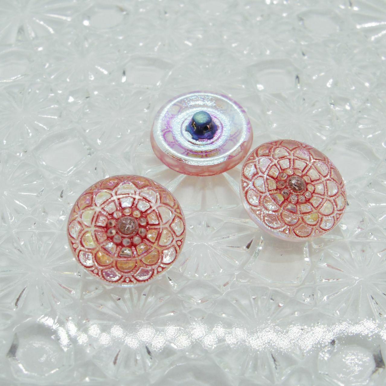 【チェコガラスボタン】ダリア模様・赤 ::: 小1.8cm