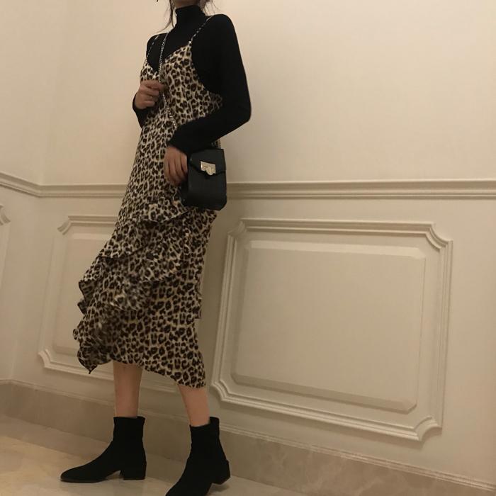 【送料無料】大人女子♡ レオパード柄 キャミワンピ+ ハイネックトップス 2点セット