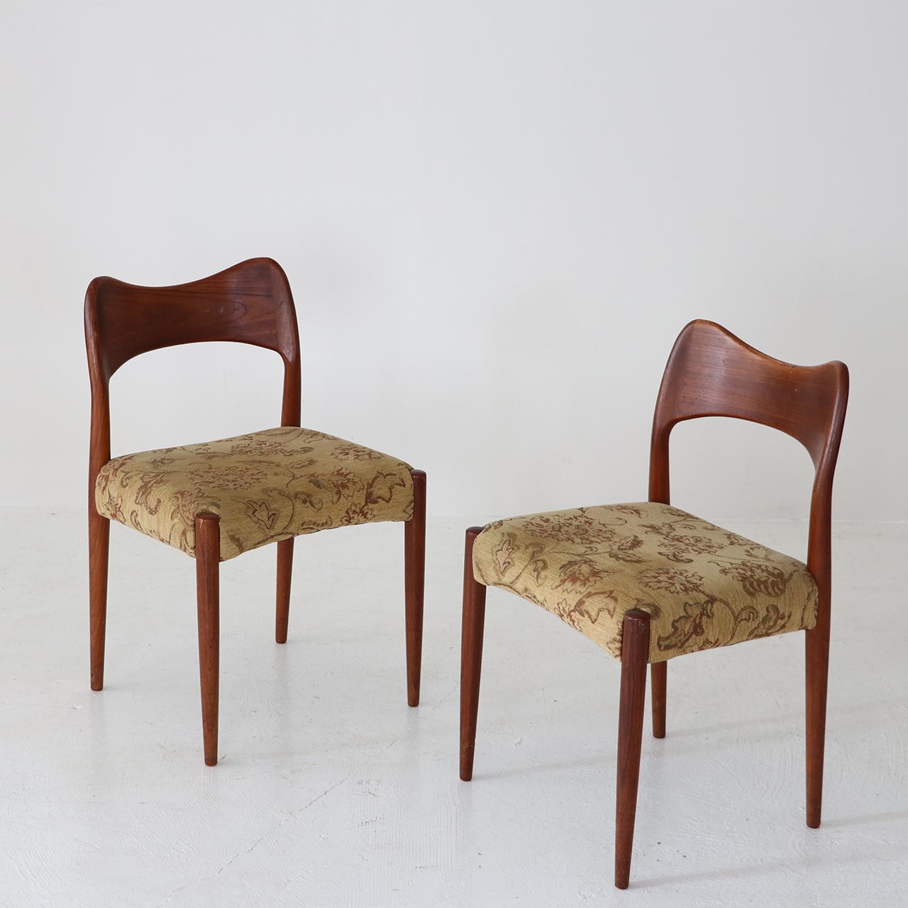 Dining chair set / Arne Hovmand Olsen for Mogens Kold