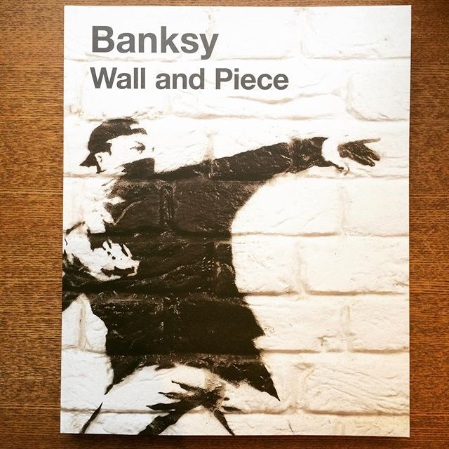 作品集「Wall and Piece/BANKSY」 - 画像1