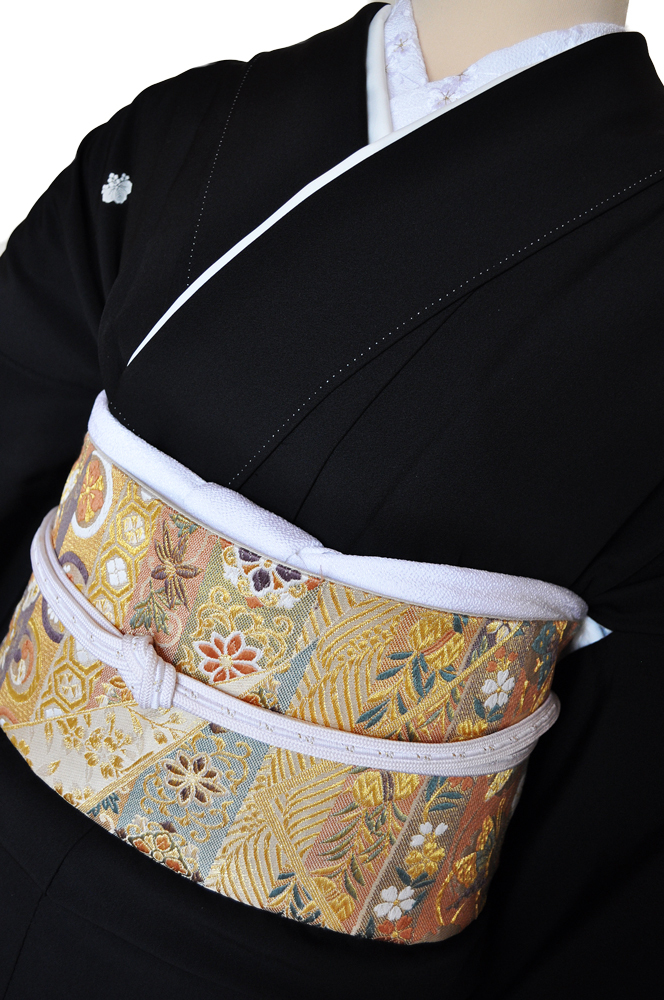 ワイドサイズ(トール&ワイド)■黒留袖レンタル■白銀乱菊金彩鶴kurow1【往復送料無料】 - 画像3