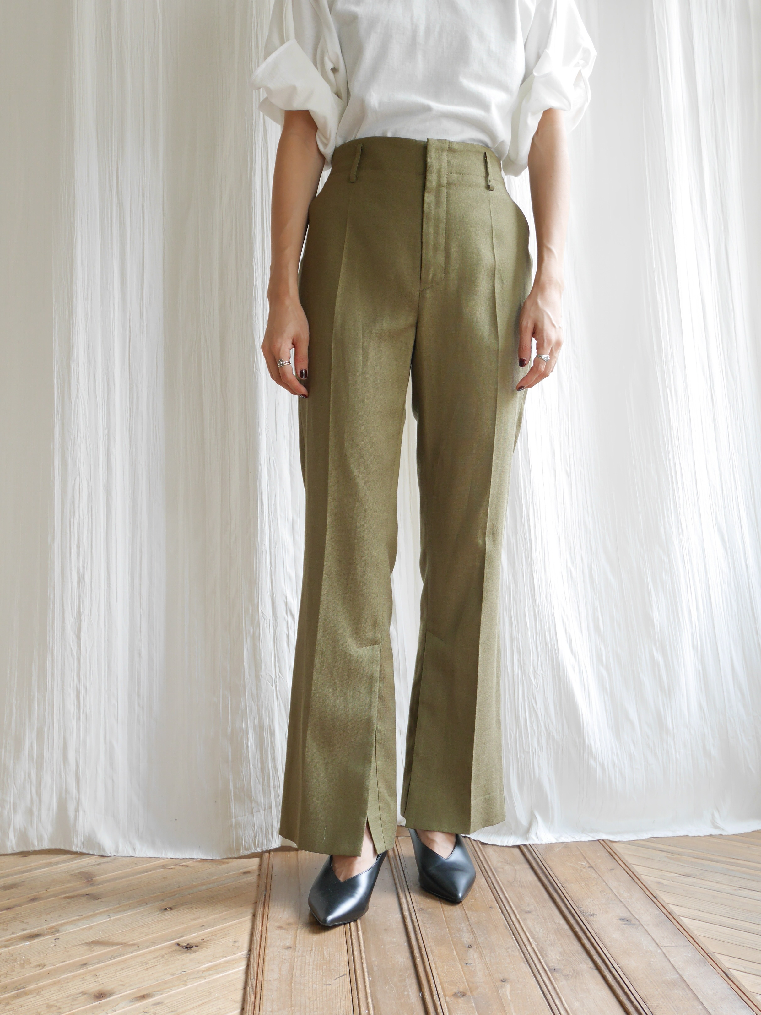SEMIWIDE SLIT TROUSERS