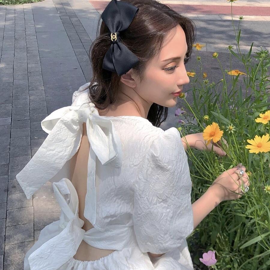 total flower back ribbon dress