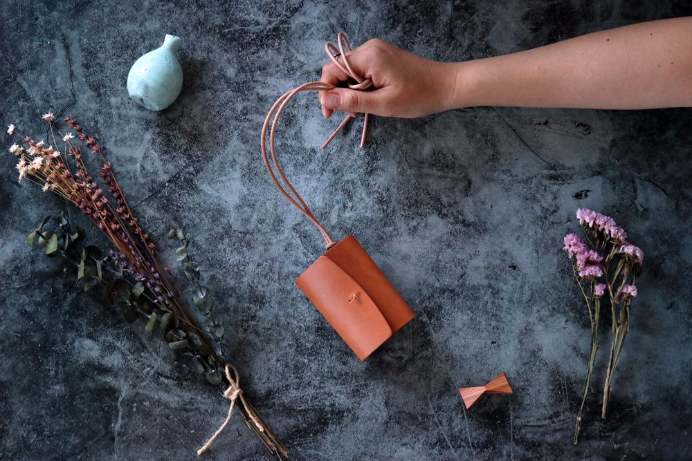 イングラサット_タン◆外装◆あかちゃん財布◆三つ折り