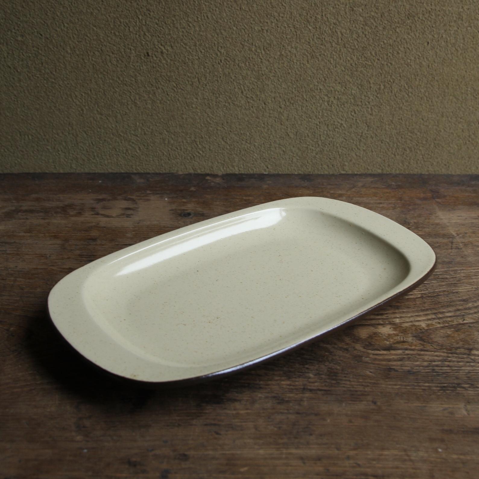 アポロ ストーンウェア ナポリタン皿 在庫3枚