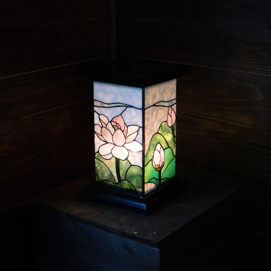 蓮白雲(ステンドグラスの盆提灯) 01020401