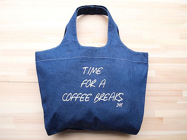 """ショッピングショルダーバッグ(TOTE BAG LIGHT COLOR DENIM """"COFFEE BREAKS 24H"""")"""