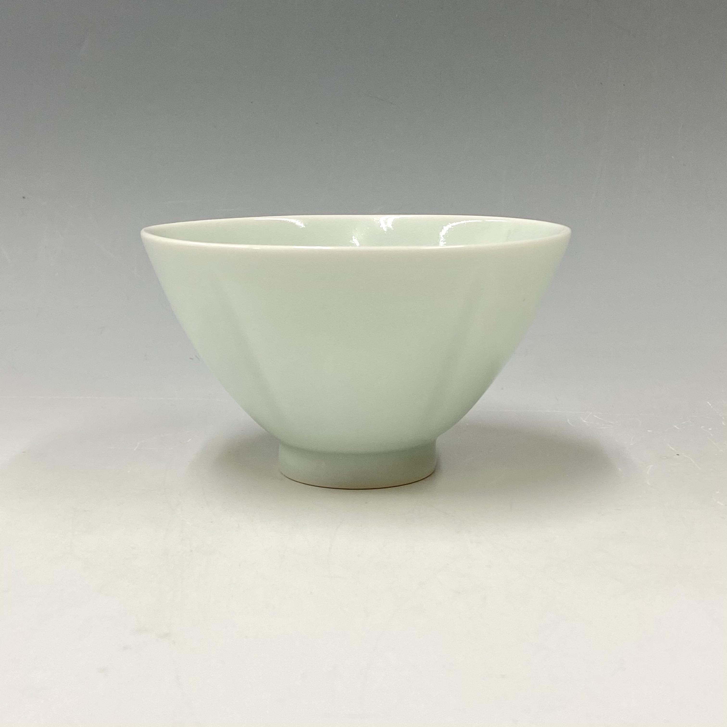 【中尾純】青白磁五方押茶碗