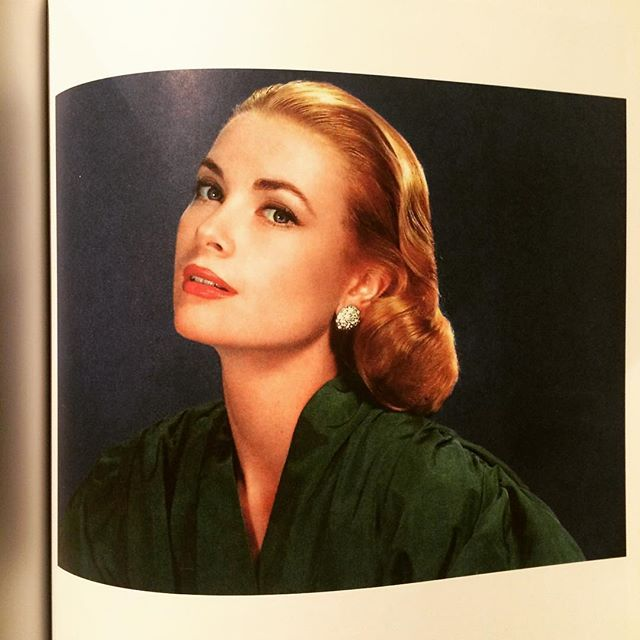 写真集「Grace Kelly: Film Stills: From Her Hollywood Films, 1951-1956」 - 画像2
