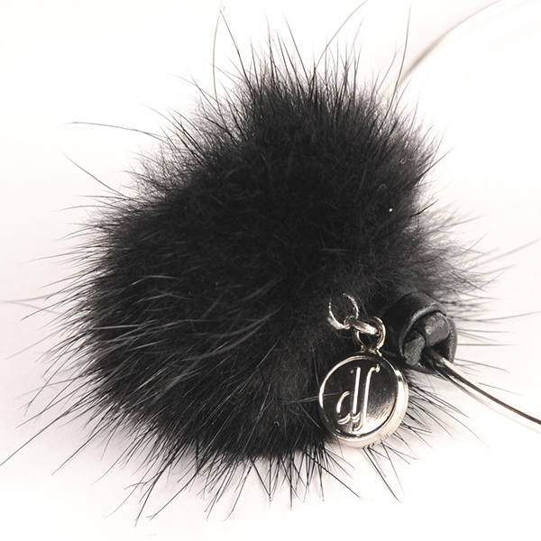 df17WT-J06 MINK FUR PIERCE