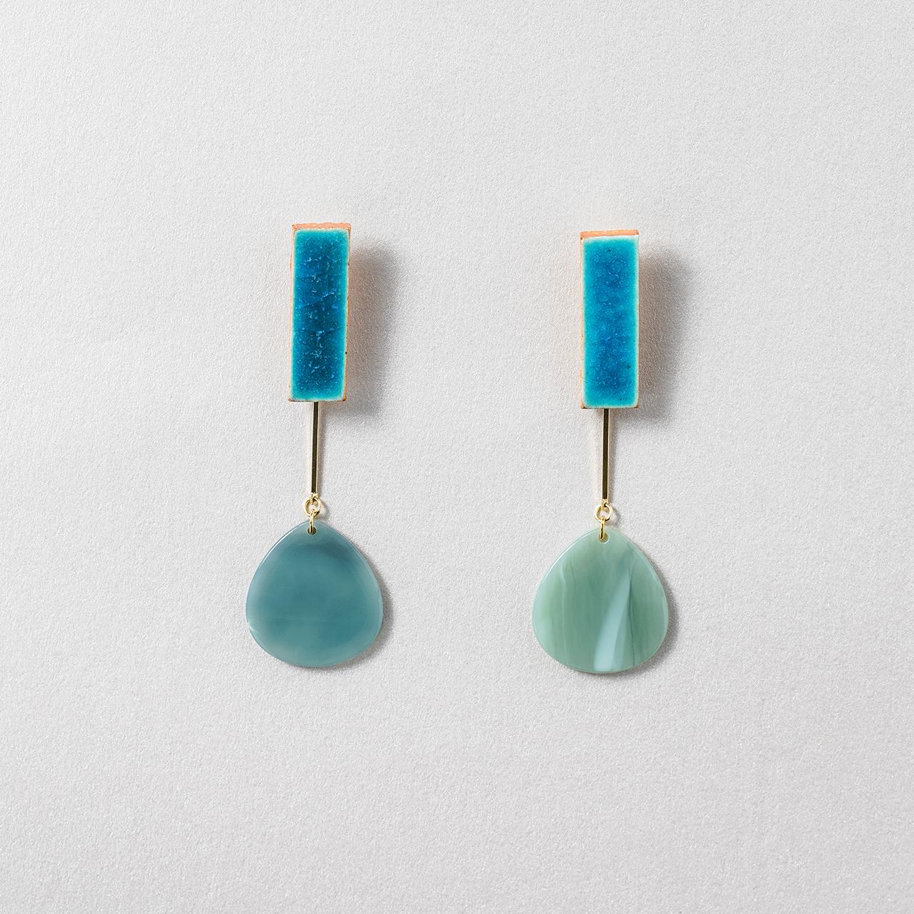 陶器 信楽 シェル ピアス&イヤリング turquoise blue