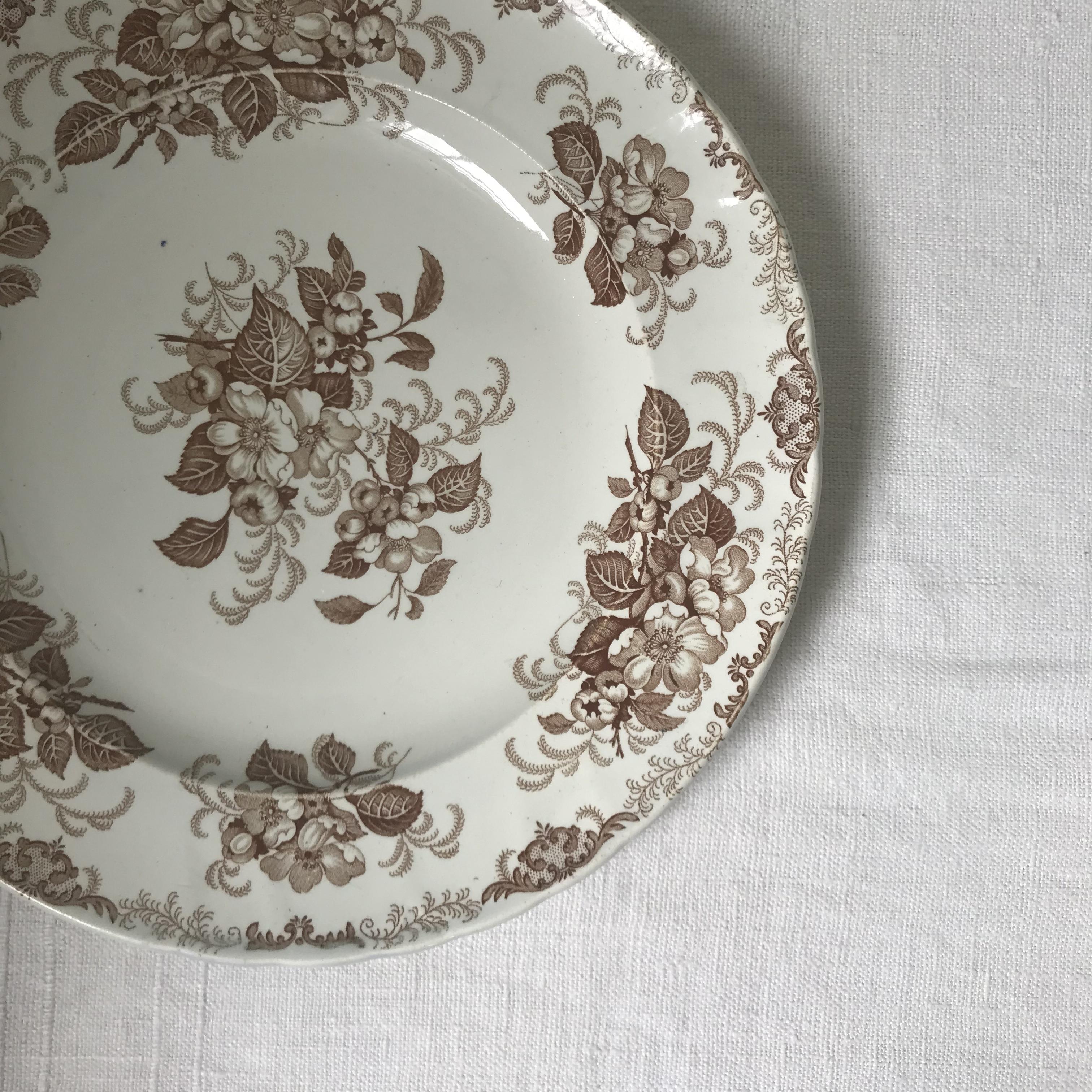 フランスの花柄のお皿 26cm