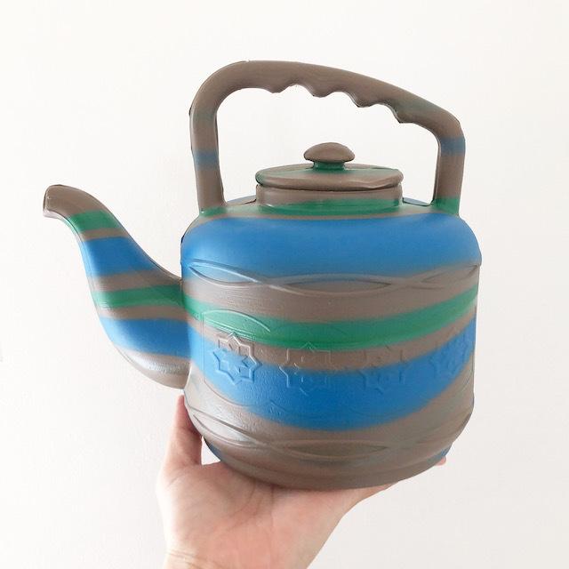 アフリカ製 Plastic JORO / プラスチックジョウロ