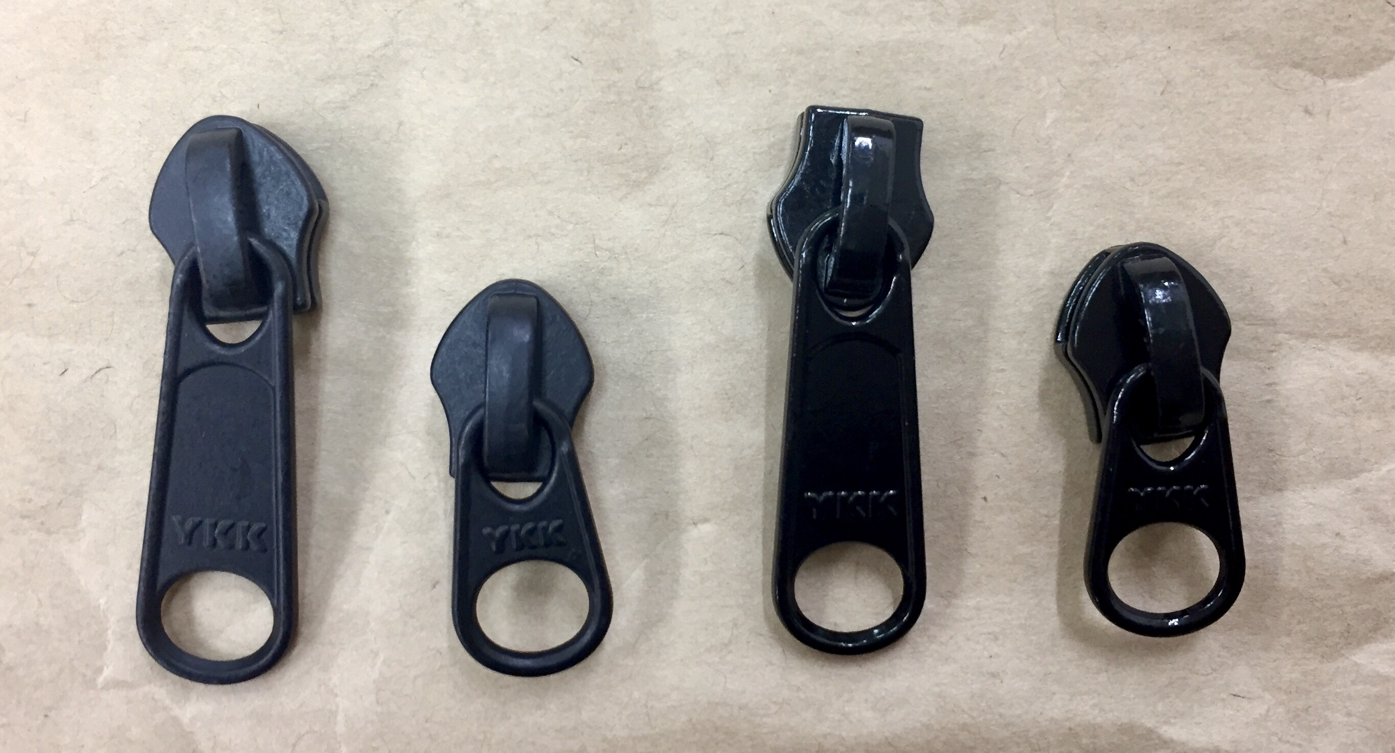 YKK スライダー 止水ファスナー アクアガード用  3c DFL 黒/カラー 引手長め つやなし 10個入り