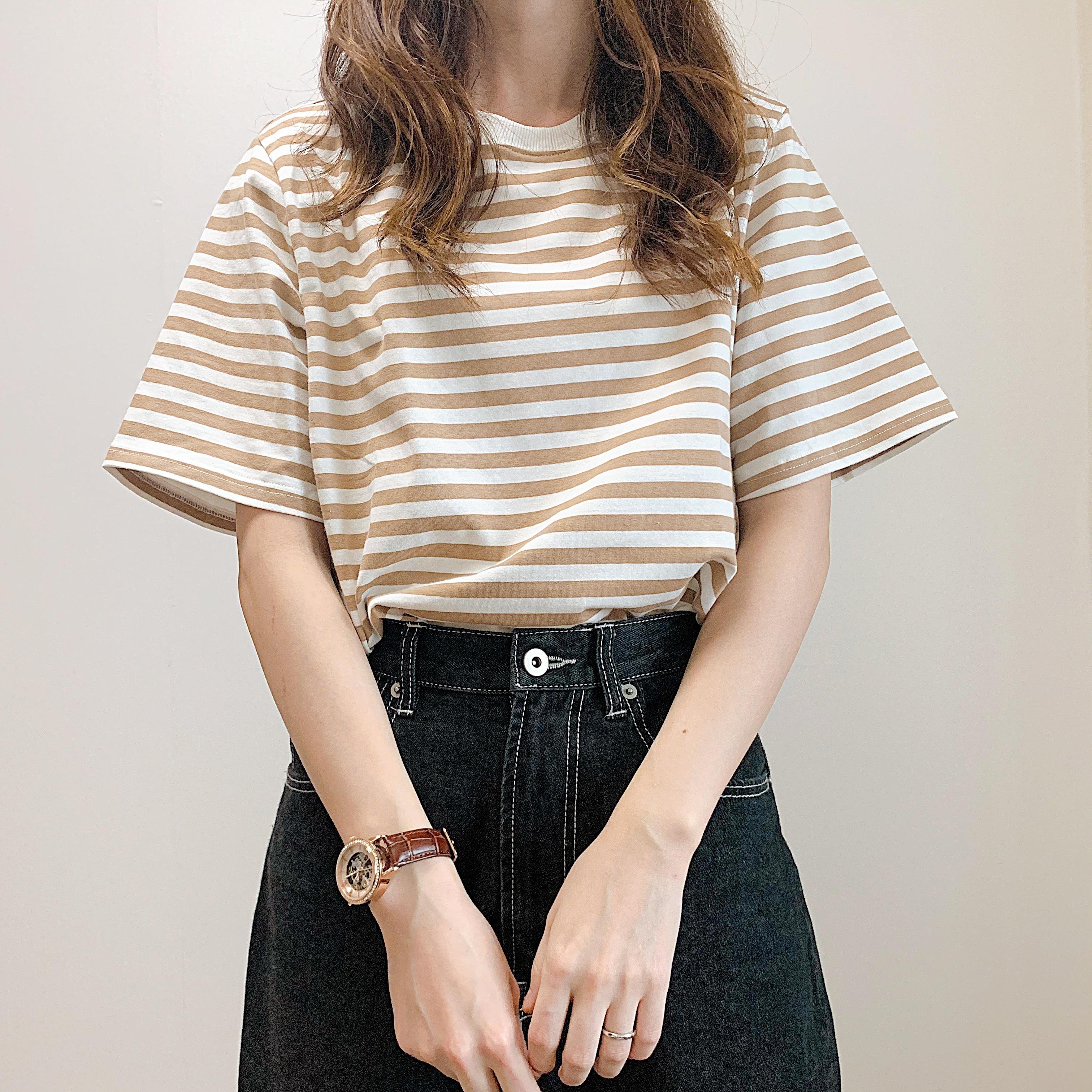 シンプルカラーボーダーTシャツ