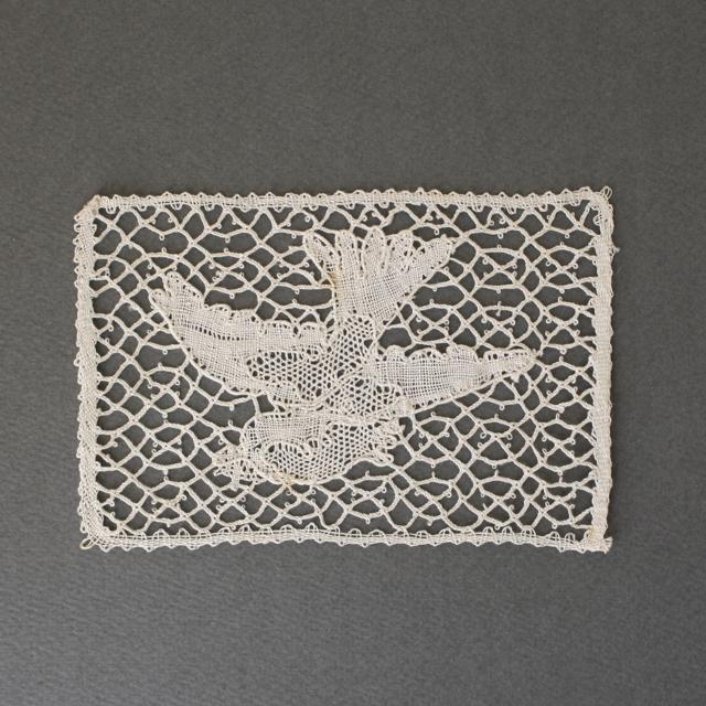 アンティークボビンレース・小鳥 / de0008