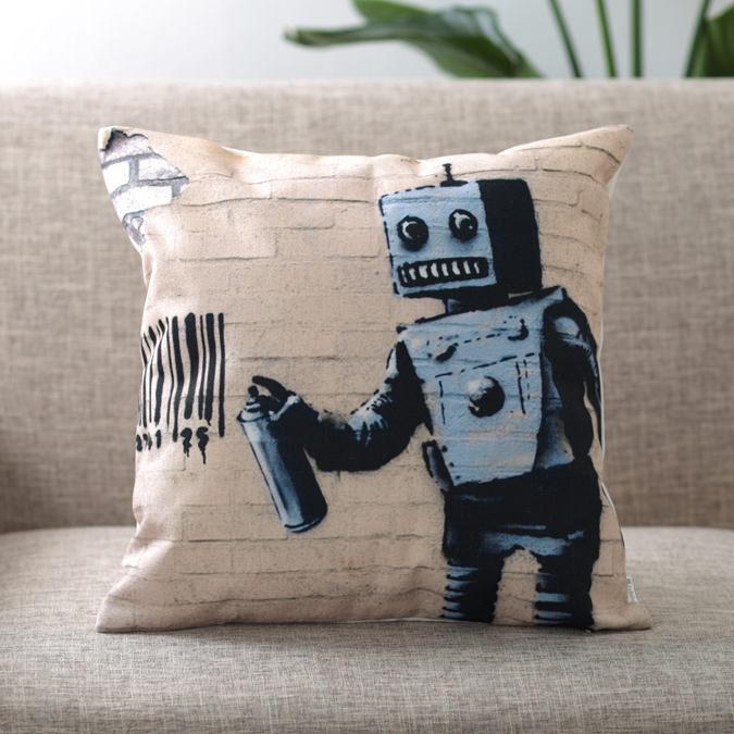 バンクシー Banksy クッションカバー TAGGING ROBOT