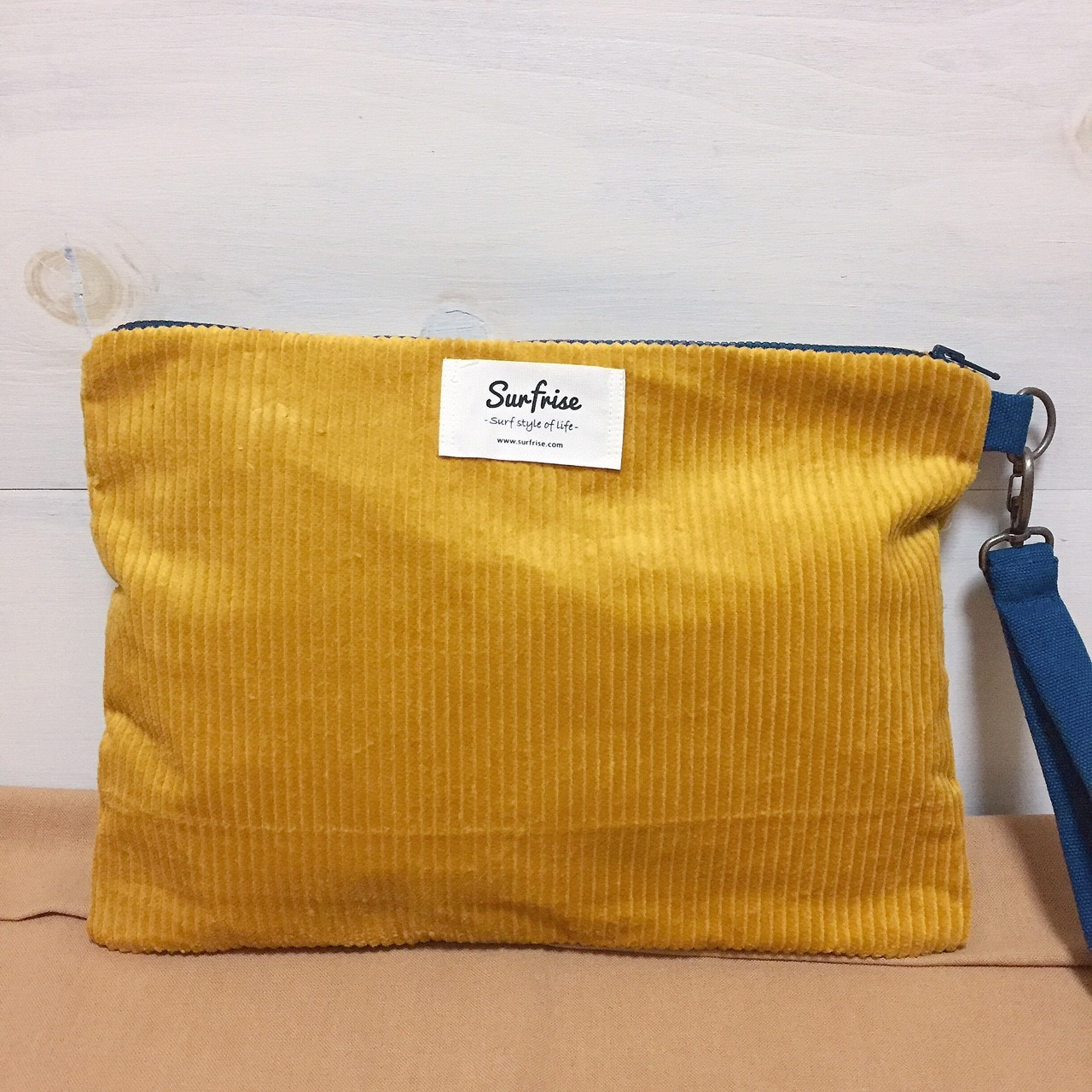 Corduroy clutch bag -  Yellow