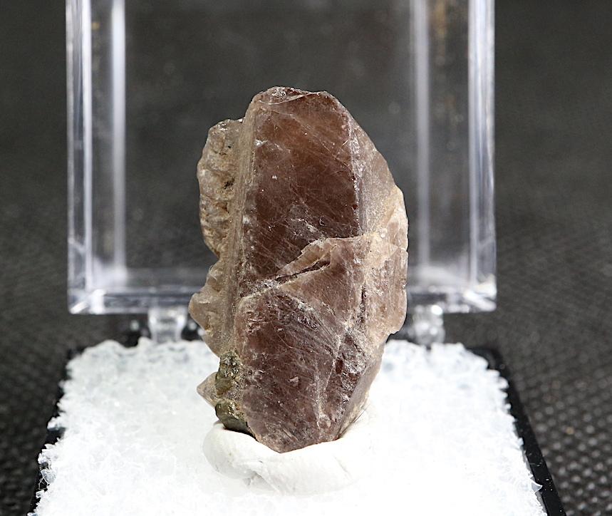 カリフォルニア産 アキシナイト Axinite-Fe 鉄斧石 Fer006  ケース入り 鉱物 原石 天然石 パワーストーン