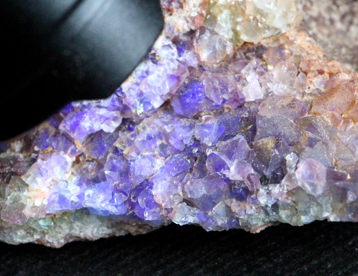 カリフォルニア産 フローライト 蛍石 原石 222,5g  FL043 鉱物 天然石 パワーストーン