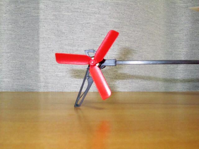 K130のテールローターの鳴きが止まります★K110用の3枚羽テールローター&K123用ロングローター軸穴改造 K130の1.2mmシャフトに適合