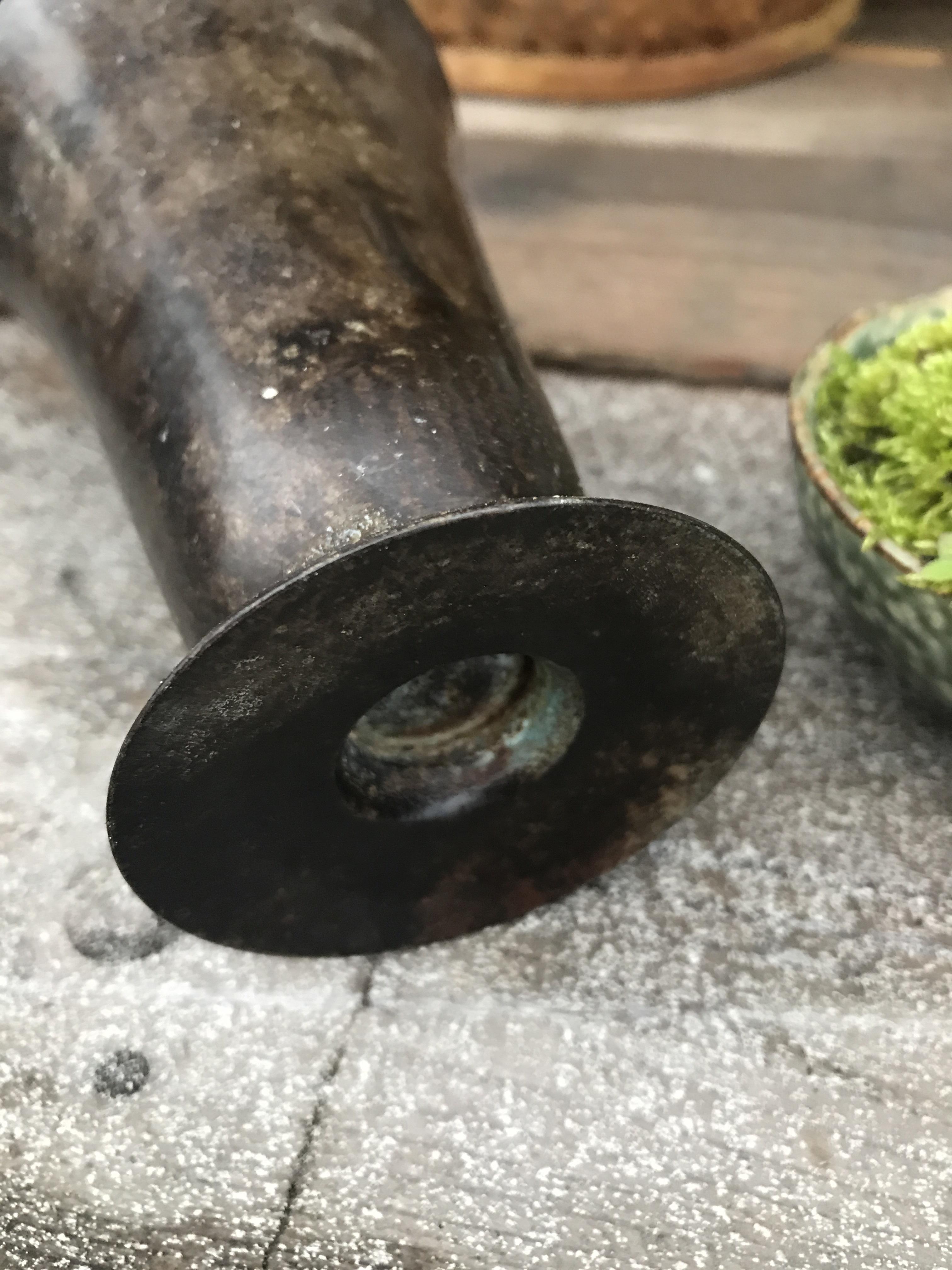 銅製の入れ物