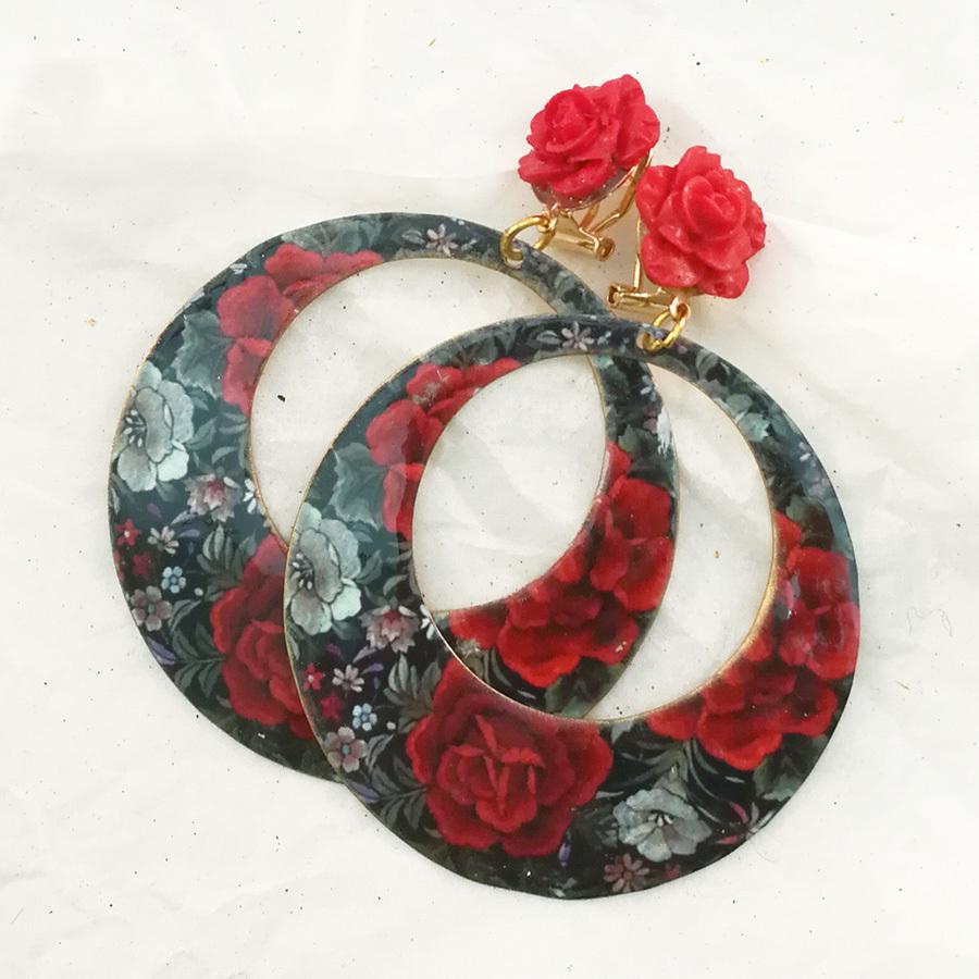 FE-Pd-ArM_PurezaRojo イヤリング/ピアス(兼用タイプ)円形M マントン刺繍柄A・赤系  スペイン製