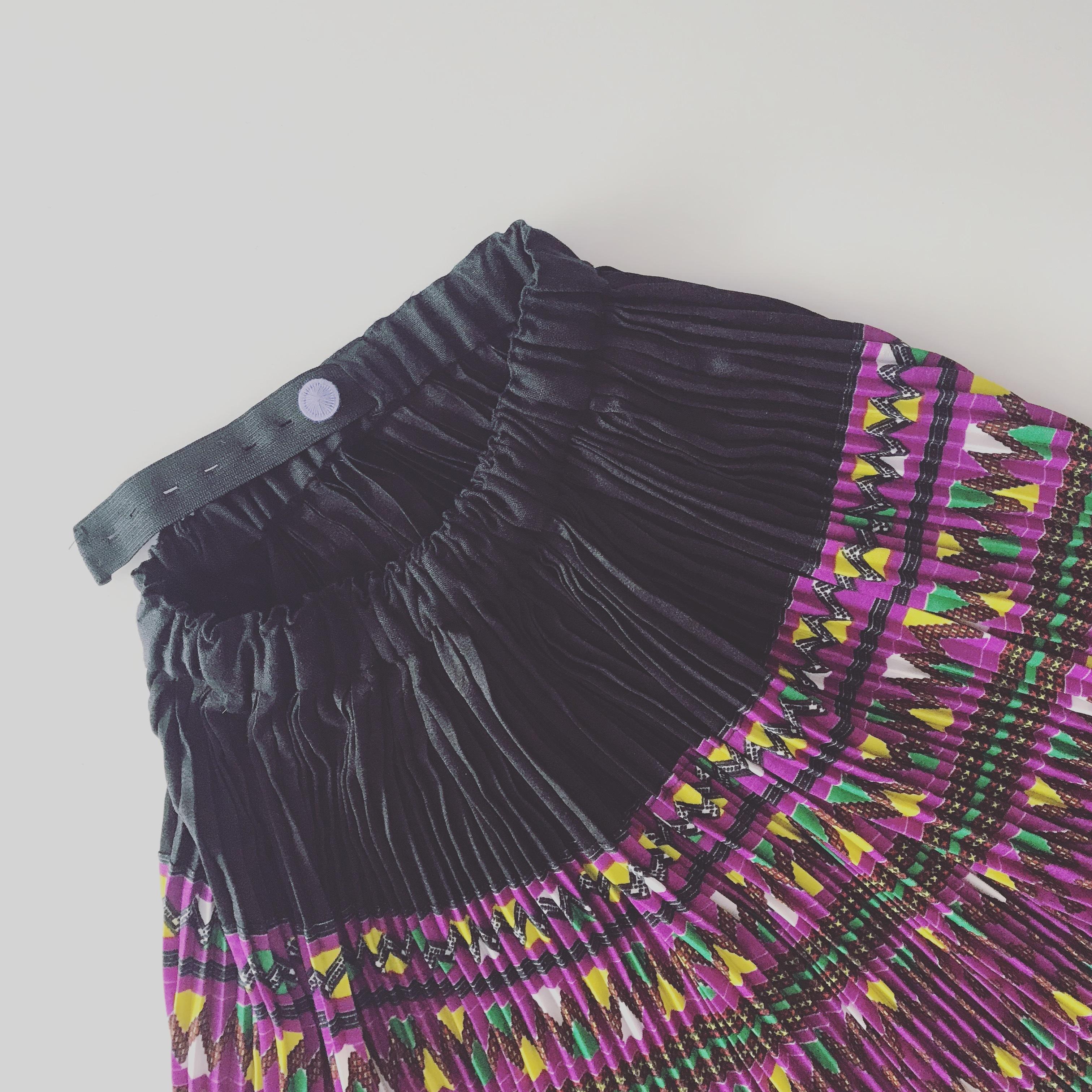 【受注販売】タイ少数民族モン族のプリーツスカート