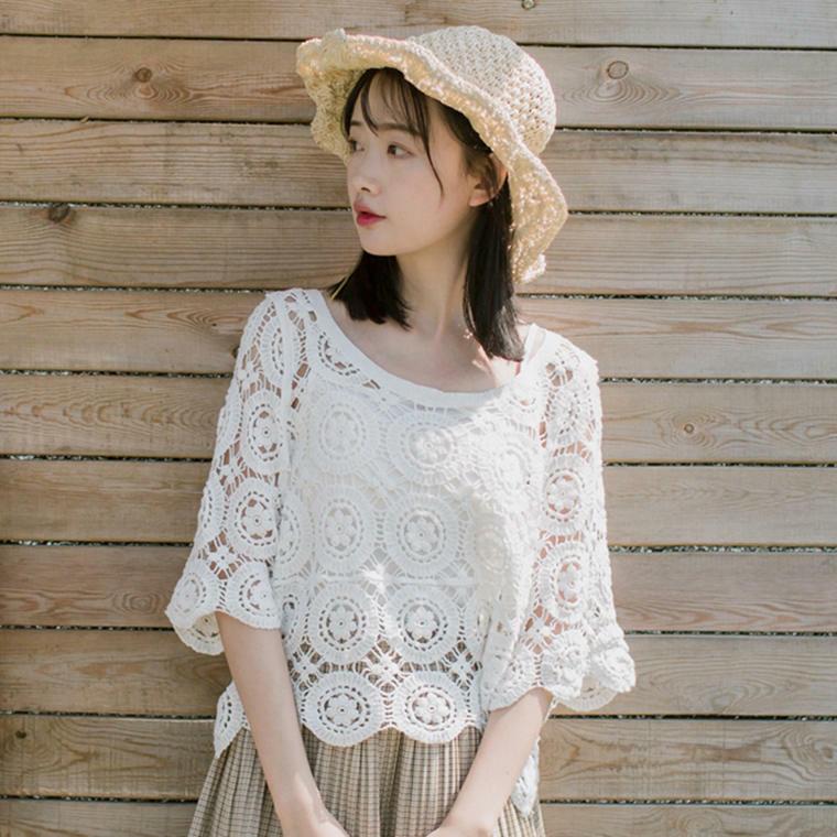 【送料無料】 透け感おしゃれ♡ フラワー 編み レース トップス シャツ 半袖