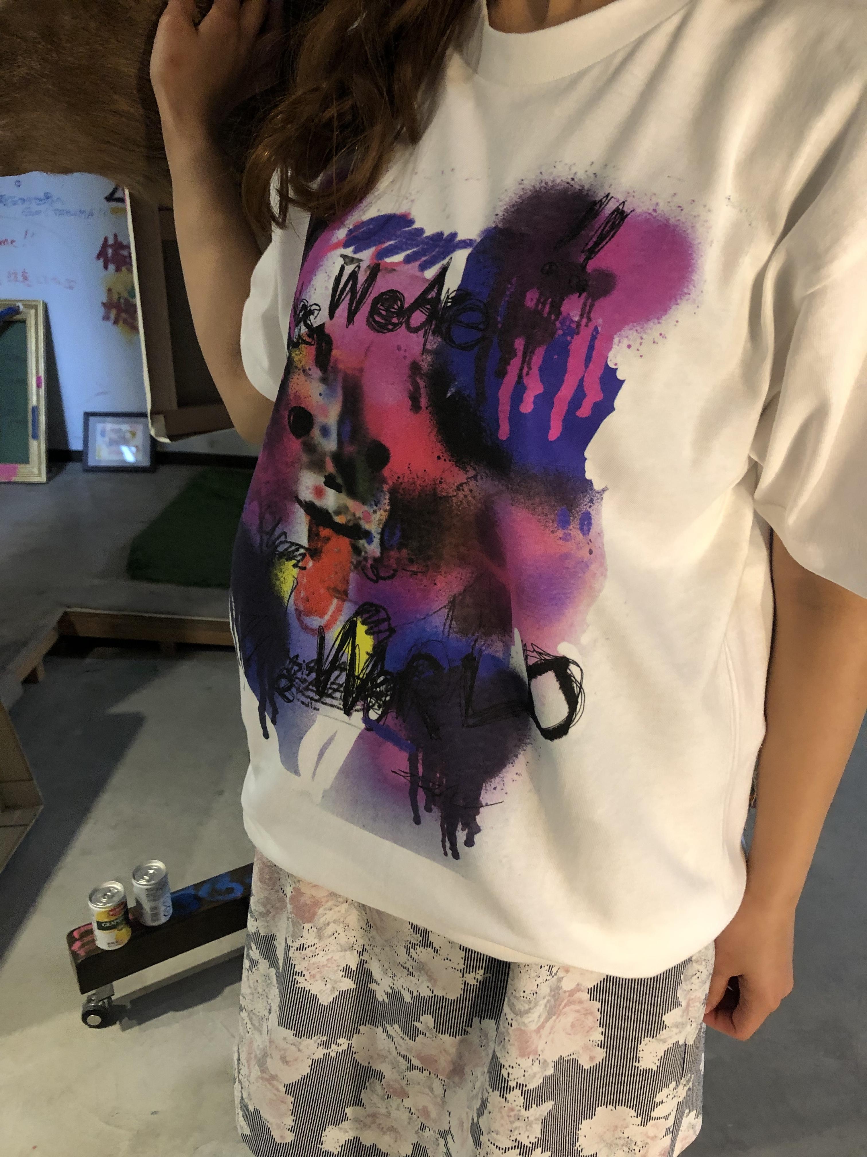 田中拓馬デザインオリジナルTシャツ、We are the world.