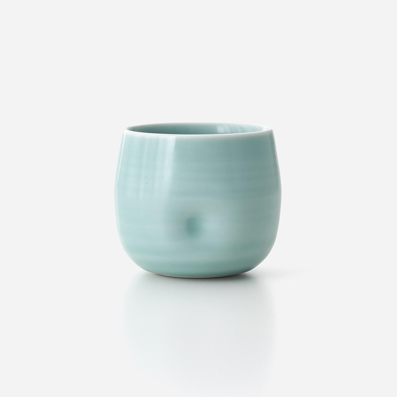 青磁 えくぼカップ