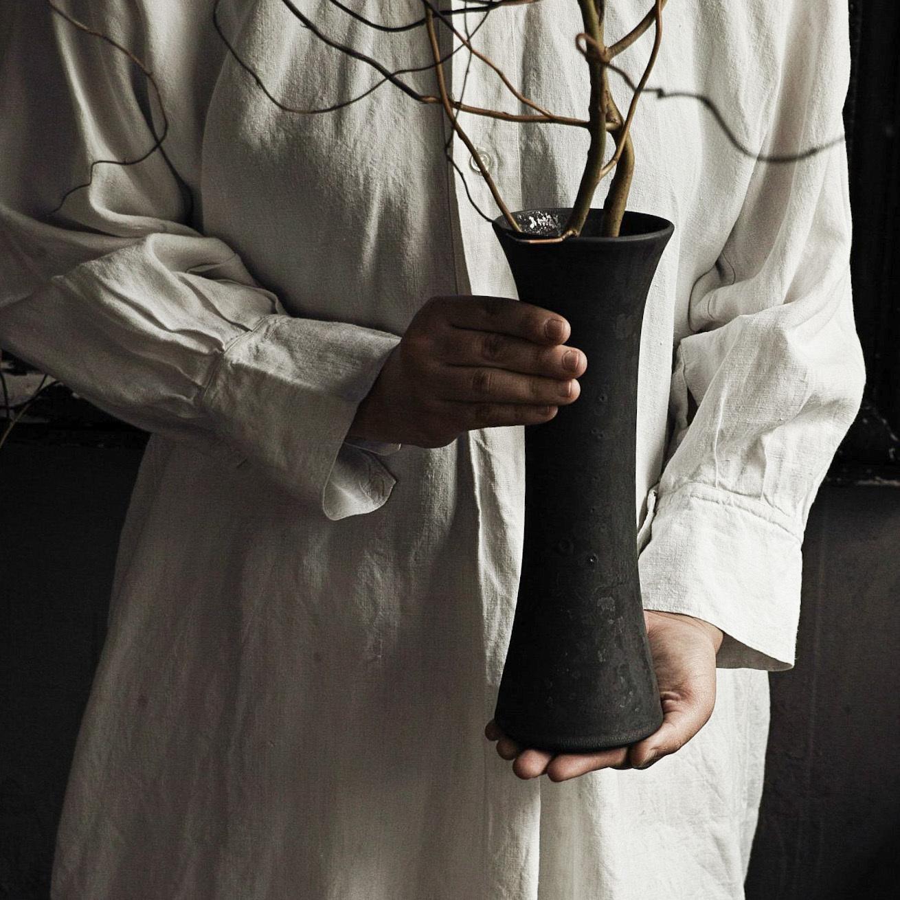 花器黒 murakami yuji